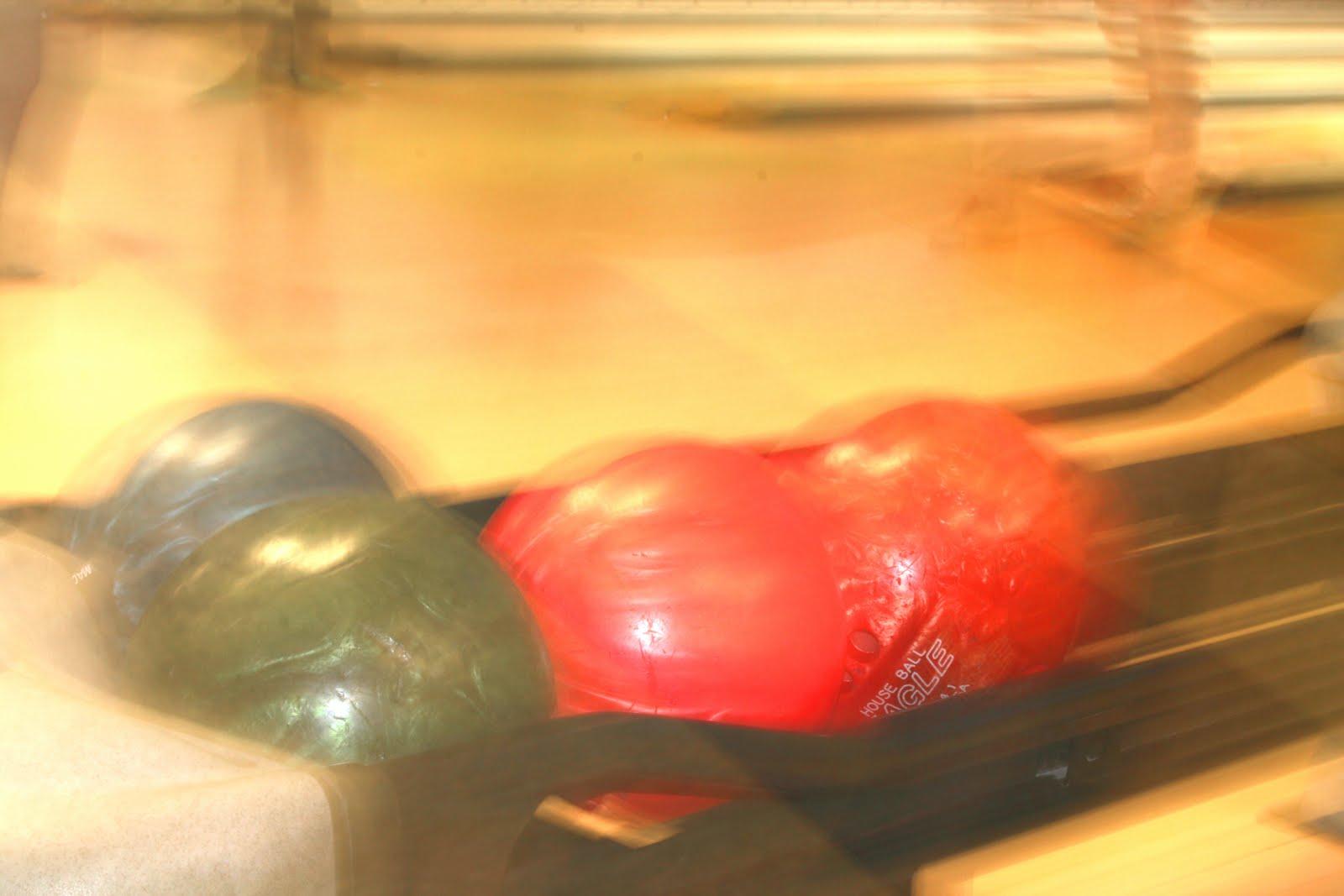 [bowling.jpg]