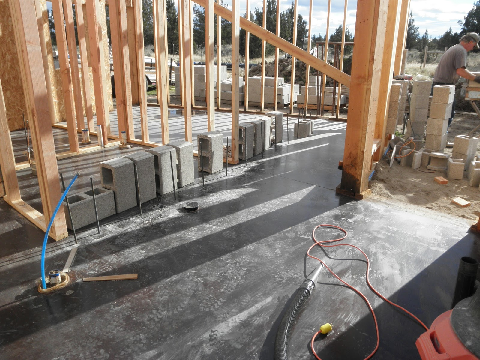 Roundup Ranch Nov 16 Framed Double Block Walls Finished Curved Electrical Wiring In Cinder Brad Begins Work On The Concrete Wall Guest Bedroom Wing