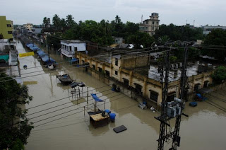 Sirajganj District totally submerged in the floods. Photo: Kiron Map/Concern Aug 07