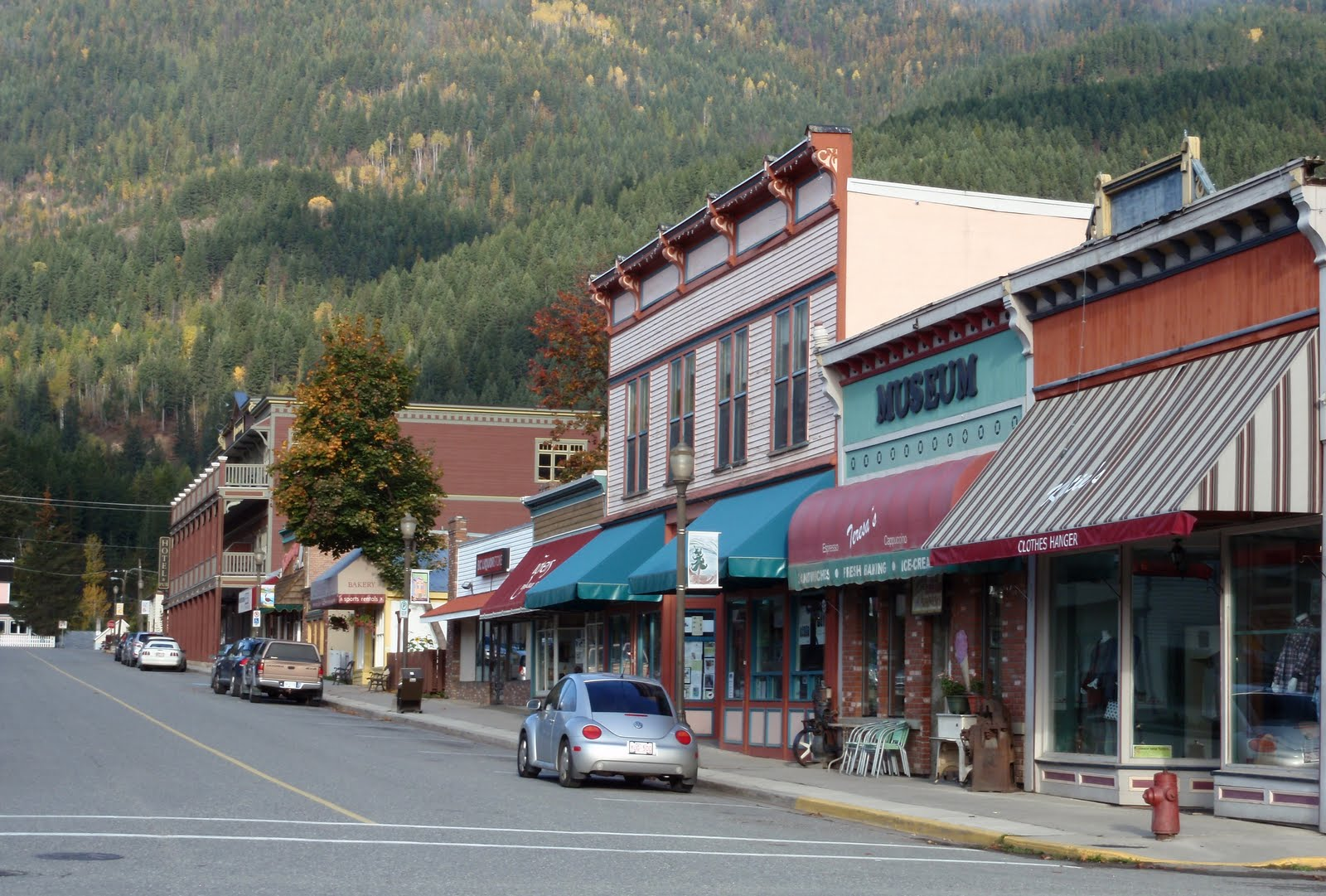 Hotels In Sorrento Bc Canada