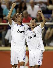 Guti y Sneijder, los reyes del centro del campo