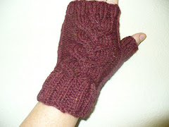 Cable Knot Mitts