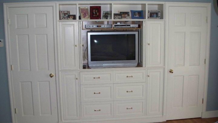 John hart woodworking - Bedroom tv wall units ...