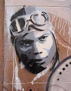 Grafiti de una casa ocupa en Barcelona, bajada del blog  xnem.blogspot.com