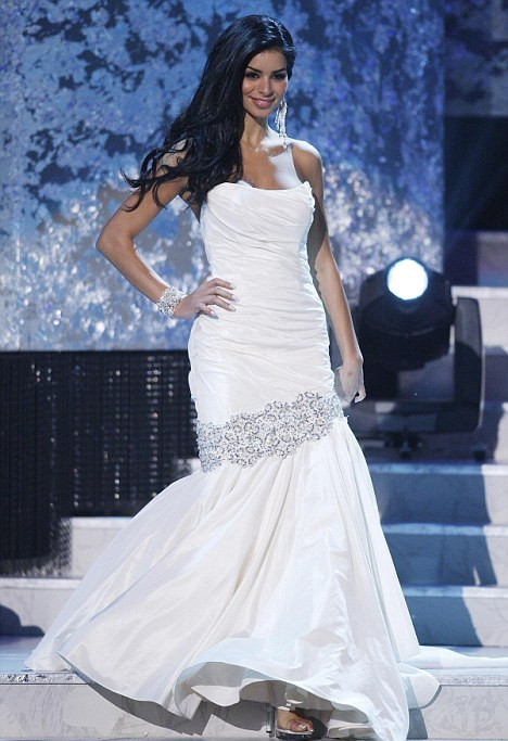 MISS USA 2010: RIMA FAKIH IN EVENING GOWN AND SWIMSUIT | Mom \'n Clothes