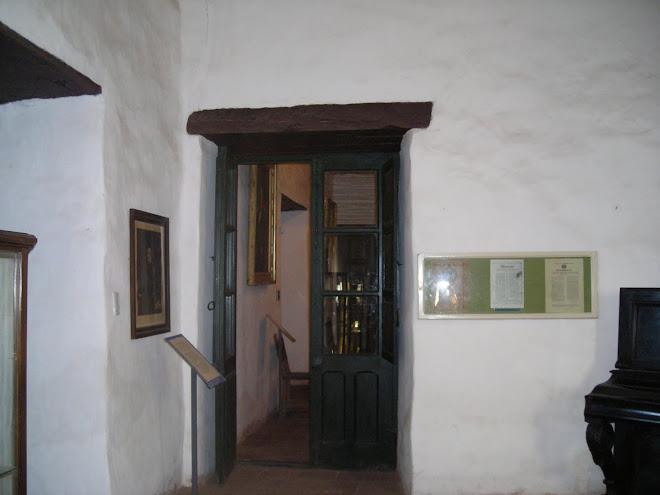 Puerta de comunicación de la Capilla y el albergue de la Posta Sinsacate