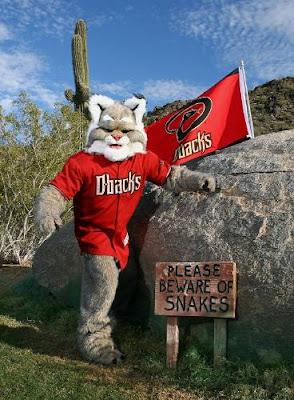 Arizona Diamondbacks Fire Mascot D. Baxter The Bobcat ...