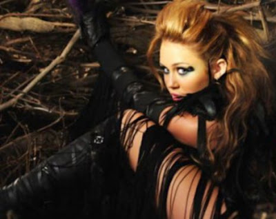 Miley Cyrus Can't Be Tamed (Official Music Video)