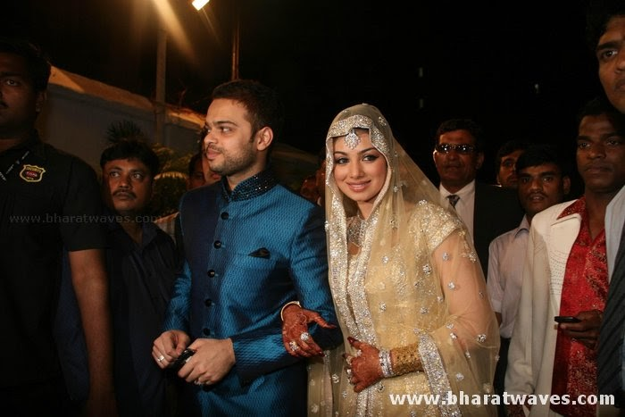 Actresses Bolly Beautiful Ayesha Takia Wedding Reception Pictures