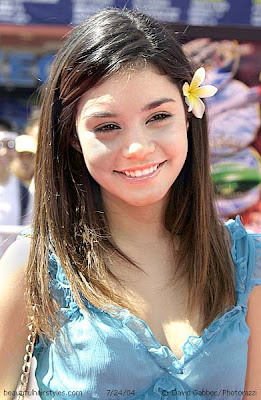 Vanessa Hudgens Hairstyle Image Gallery, Long Hairstyle 2013, Hairstyle 2013, New Long Hairstyle 2013, Celebrity Long Romance Hairstyles 2054