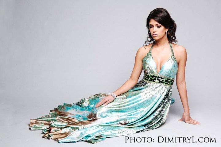 Miss California USA 2010 - Nicole Johnson 26461_1339834868297_1603934045_30852963_1047827_n
