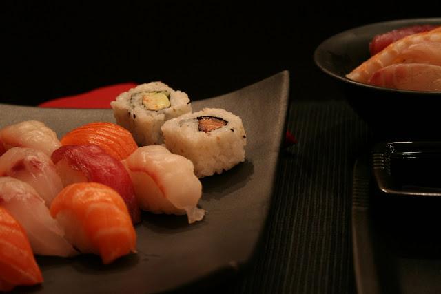 sushi, sashimi, giapponese