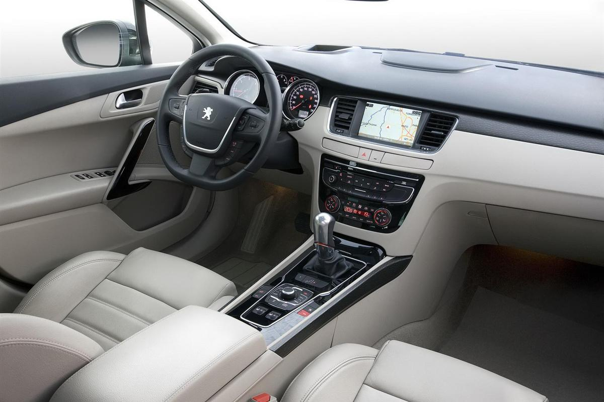 Agamemnon peugeot 508 for Interieur 508 gt