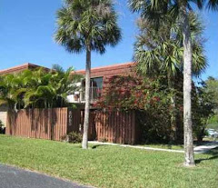 SHORT SALE SOLD: 2 bedroom 2 bath townhouse on lake in BOCA RIO-$149,900-IMMACULATE