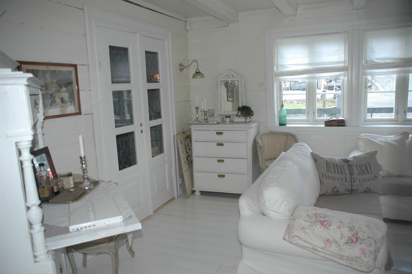 Frøken Jægers hus / Villa Heimli: Litt fra den hvite stuen