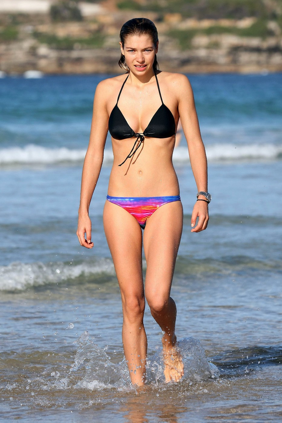 Jessica hart bikini pictures vacca &egrave