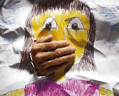 http://4.bp.blogspot.com/_77A5SLV6Ytg/SXieobssO9I/AAAAAAAAHEQ/Uw_35_cCa5Y/s400/pedofilia.jpg