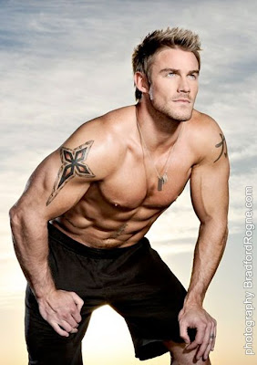 Jessie Pavelka by Bradford Rogne in DNA!