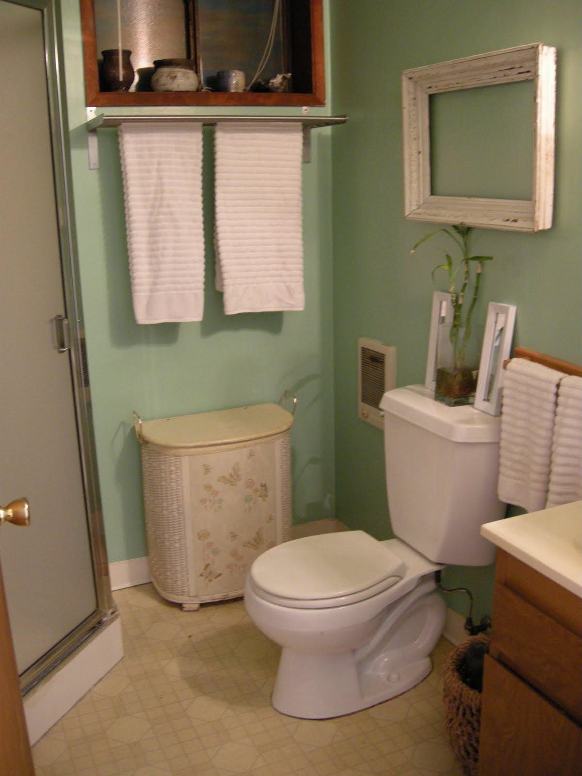 Going coastal my new sea green bathroom for Green and brown bathroom set
