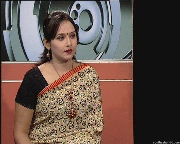 Banglarxxx Blogspot Com: Asu Blog XxX: Bangladeshi New Presenter Model Farzana New