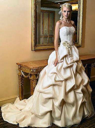 Свадебные платья 2012 Сходство готового изделия с фото - 100.