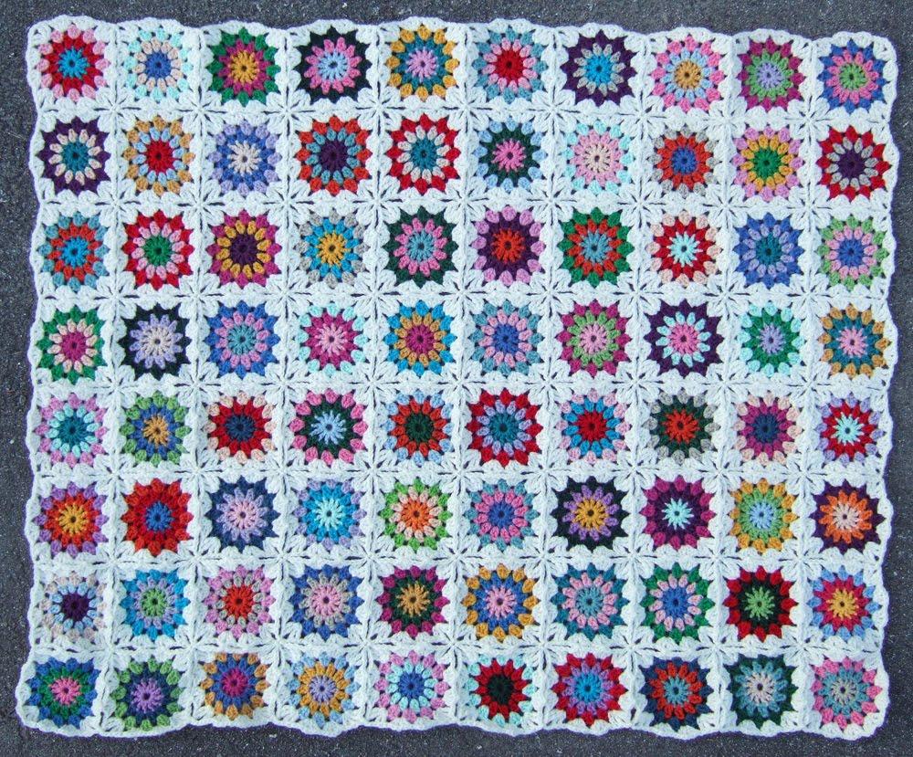 African Flowers, Häkeln Granny Squares e Colori Meilen. | Crochetcircus