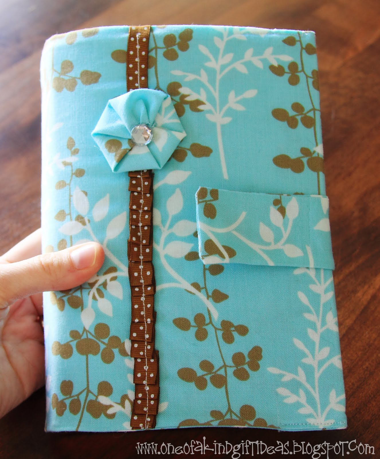 Book Of Mormon Fabric Cover Tutorial ~ One of a kind book covers