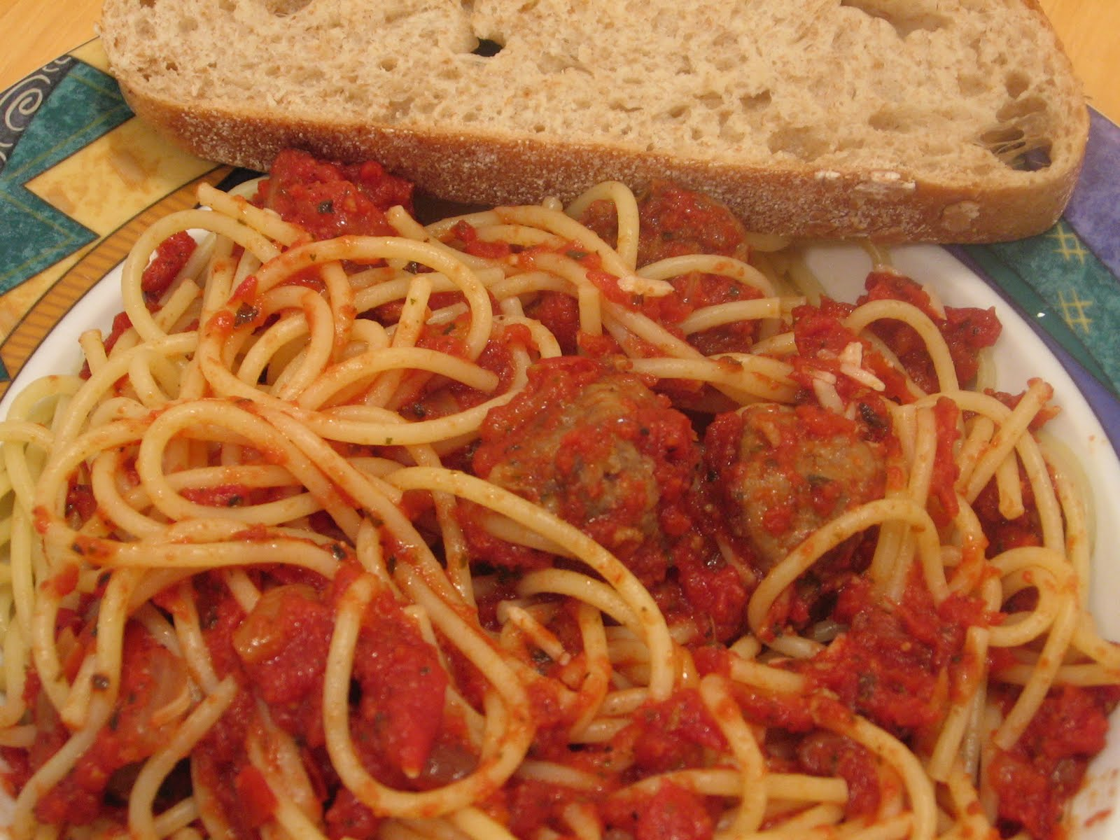 Jenn's Food Journey: Spaghetti with Hot Italian Sausage