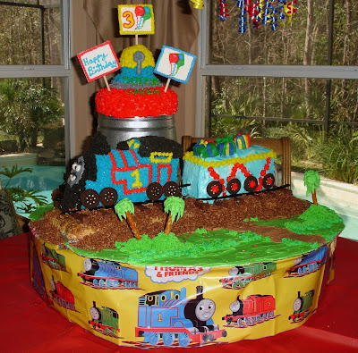 Thomas  Train Birthday Cake on This Is His 3rd Birthday  Thomas The Tank Engine