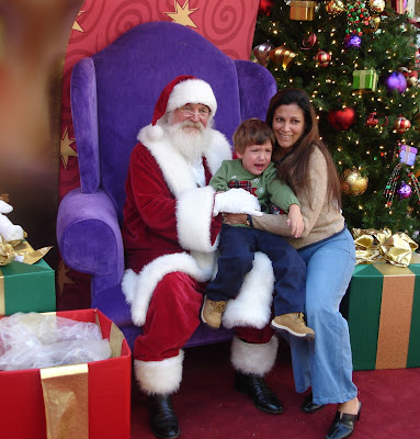 Family american style christmas traditions for Top 10 christmas traditions in america