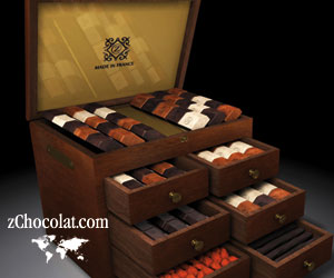 zChocolat (Stylish Elegance chocolates in deluxe mahogany chest box)