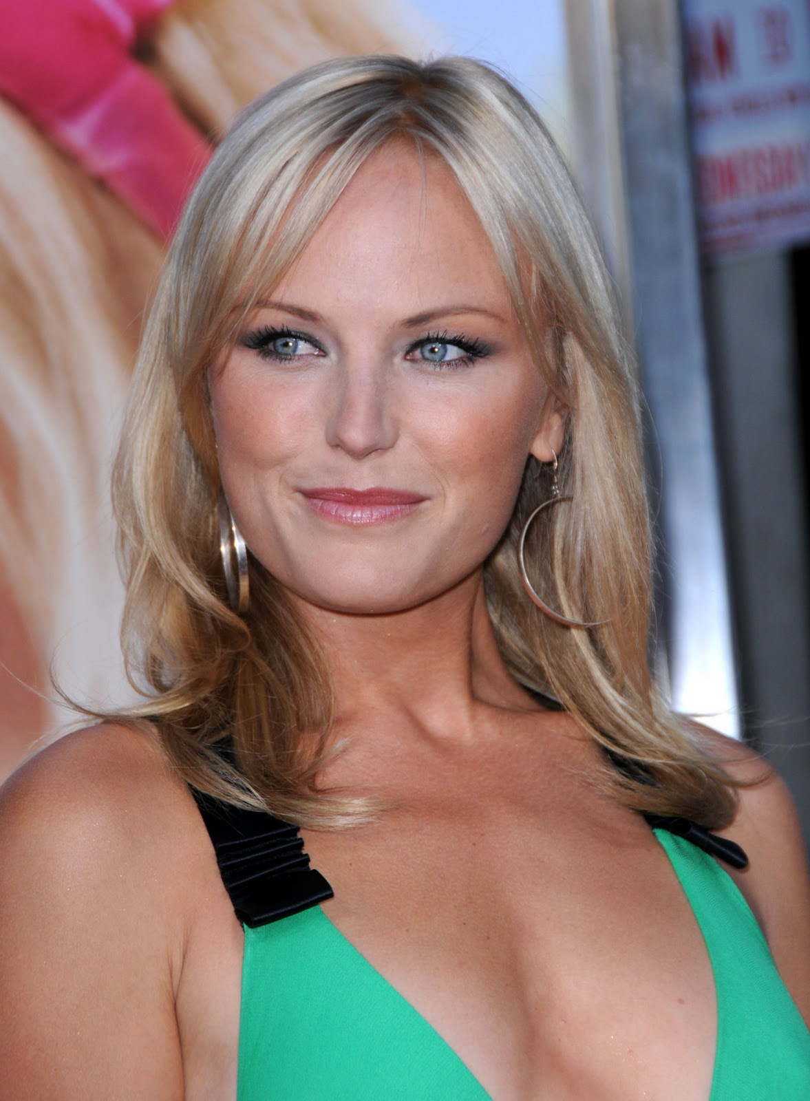 Hot Malin Akerman ImagesMalin Akerman