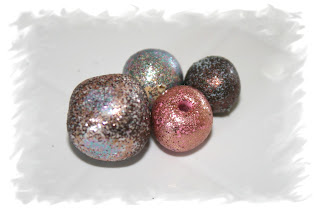 Microfine glitter on polymer clay beads