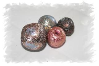 Microfine glitter on polymer clay beads