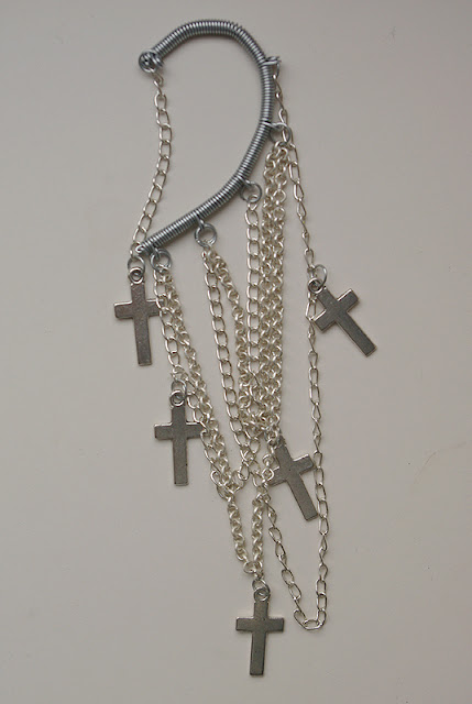silver-crosses-ear-cuff-by-style-hurricane