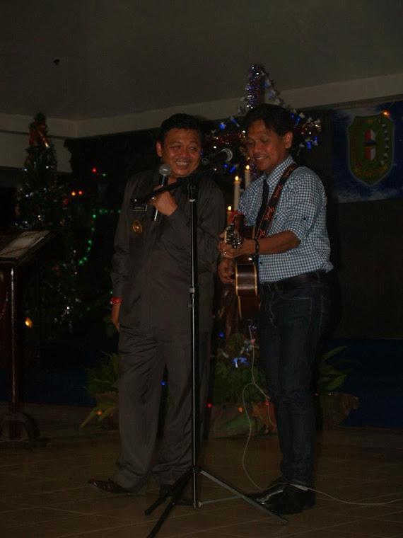 Duet Maut Gubernur Kalbar Cornelis dan Obbie Mesakh saat Natal Oikumene di Kabupaten Bengkayang 201