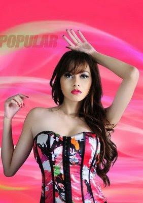 The Gossip Blog: Foto Hot Seksi Terbaru Aura Kasih