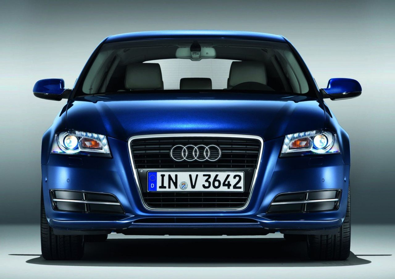 motor mania buzz new car 2011 audi a3 q7. Black Bedroom Furniture Sets. Home Design Ideas
