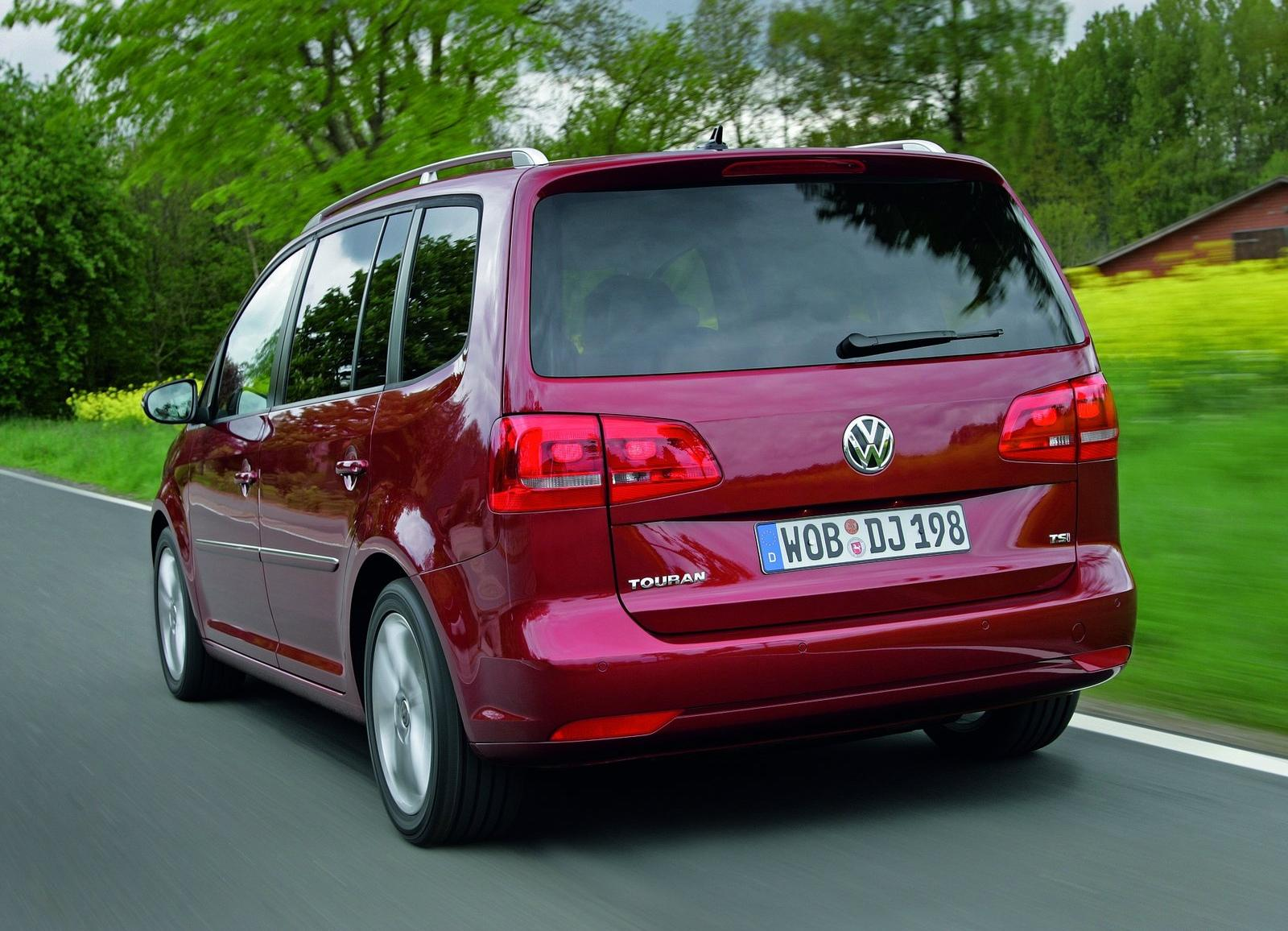 motor mania buzz photo gallery 2011 volkswagen touran. Black Bedroom Furniture Sets. Home Design Ideas