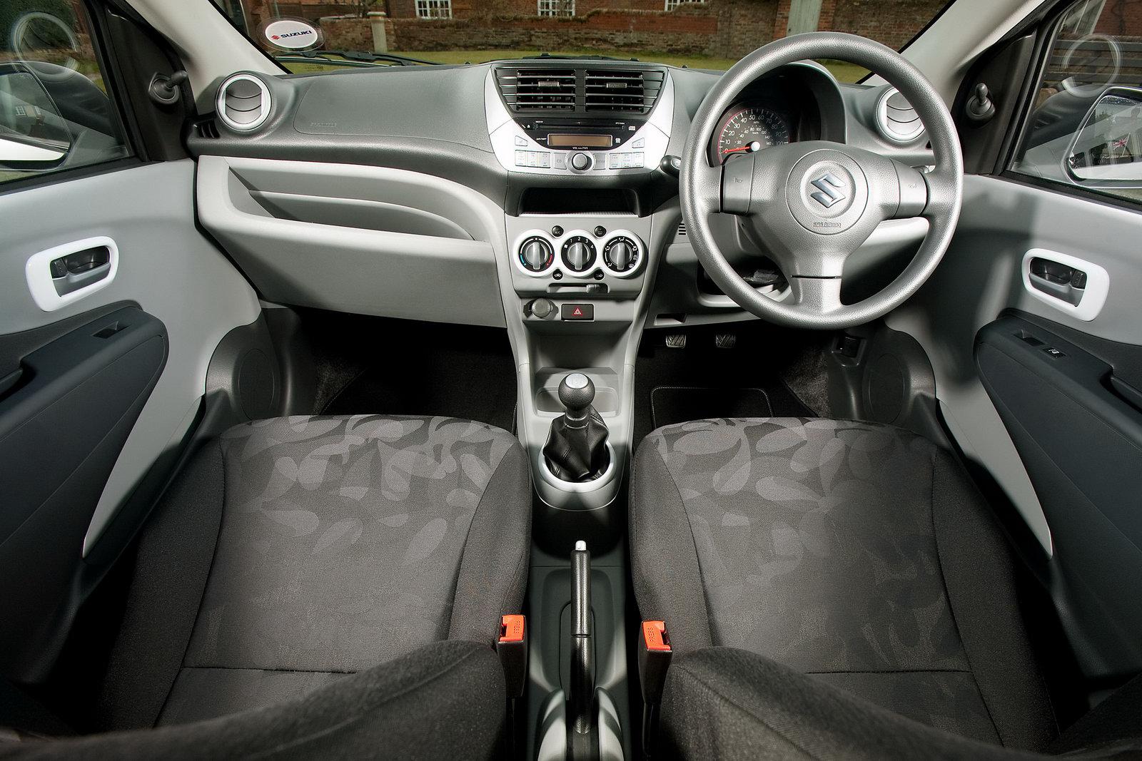 http://4.bp.blogspot.com/_7LQxj656qB0/TEMNFfVxbuI/AAAAAAAAH50/hPAKEsz8Vqg/s1600/2011+Suzuki+Alto+SZ-L+interior.jpg