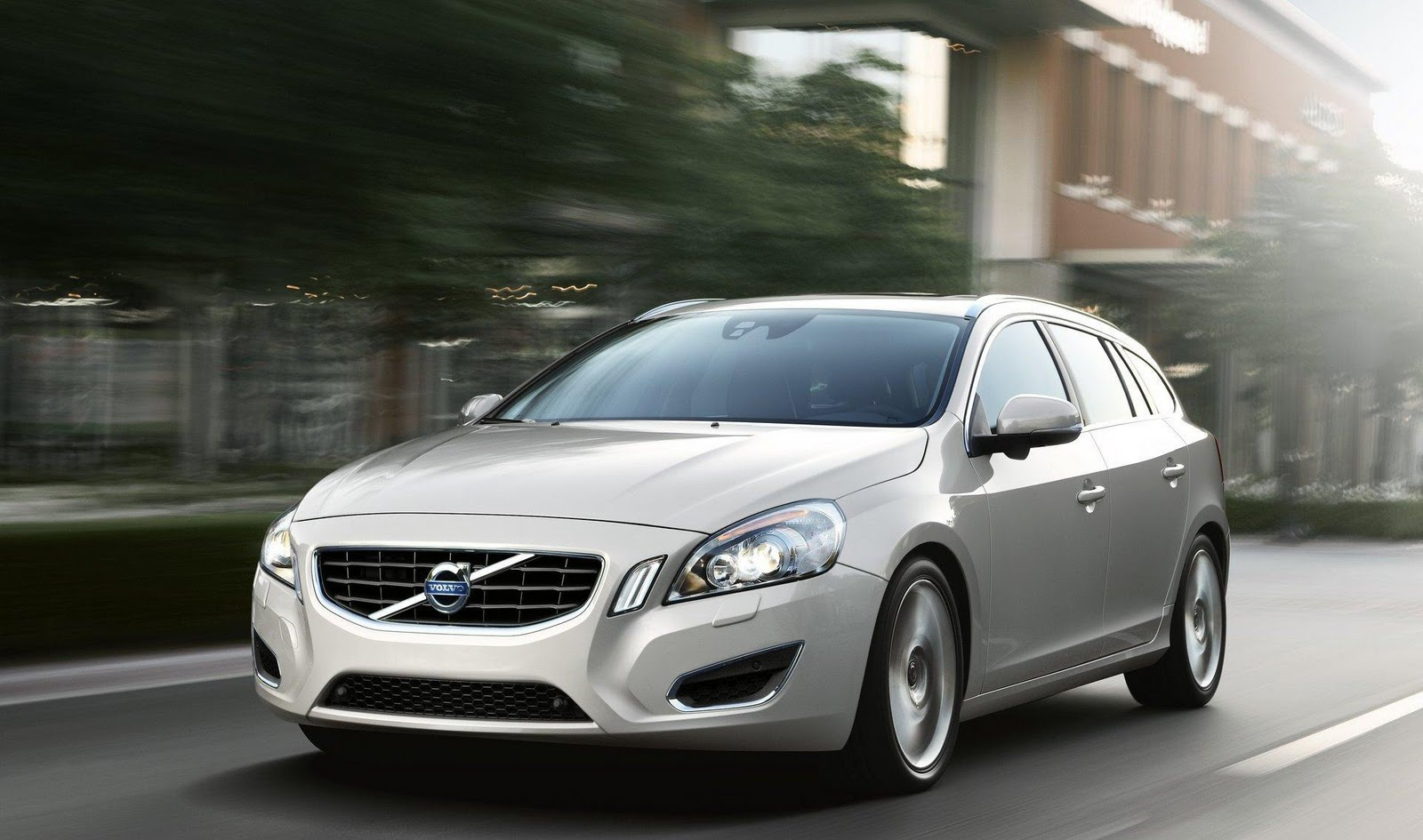 volvo country cars digital cross drivers first and more price drive