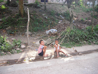 Little boys, Yaruca, Honduras