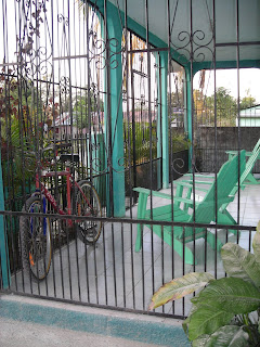 front porch, El Porvenir, Honduras