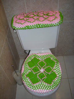 crocheted toilet cover
