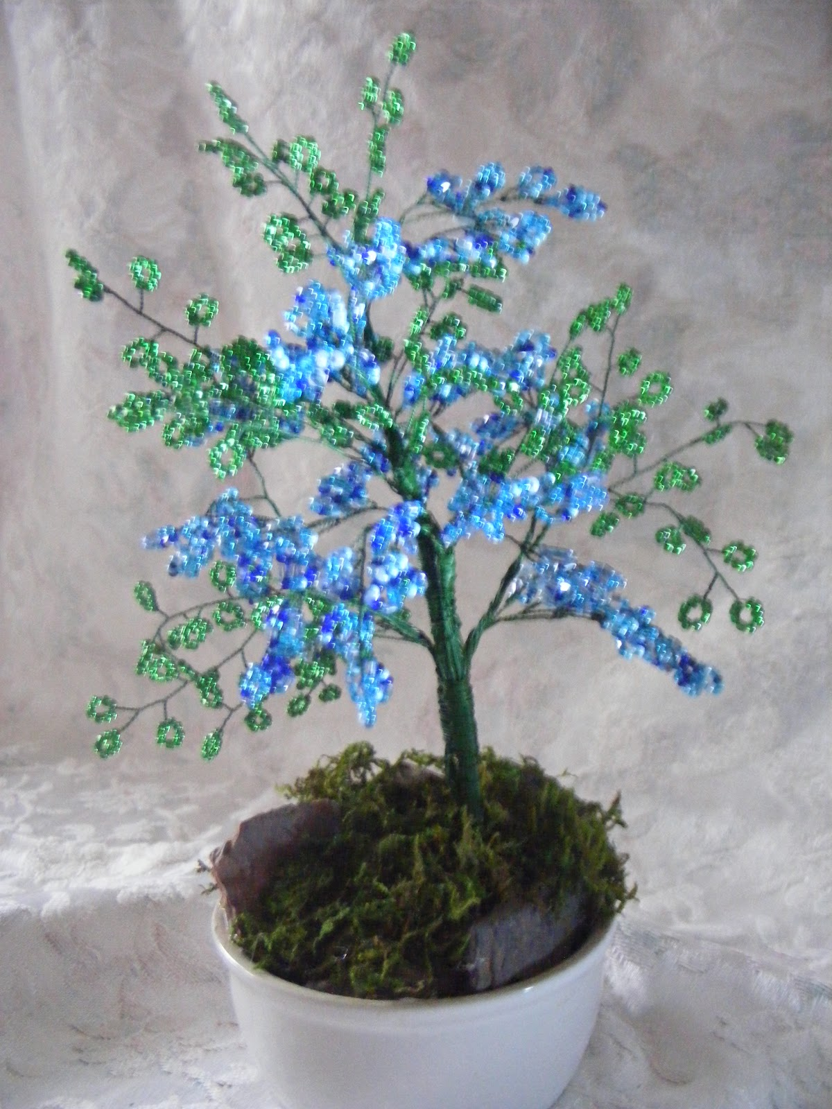 beaded vivie1 petit arbre en perles bleu. Black Bedroom Furniture Sets. Home Design Ideas