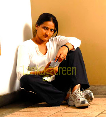 Sri Lankan Actress Chandani Seneviratne's photo