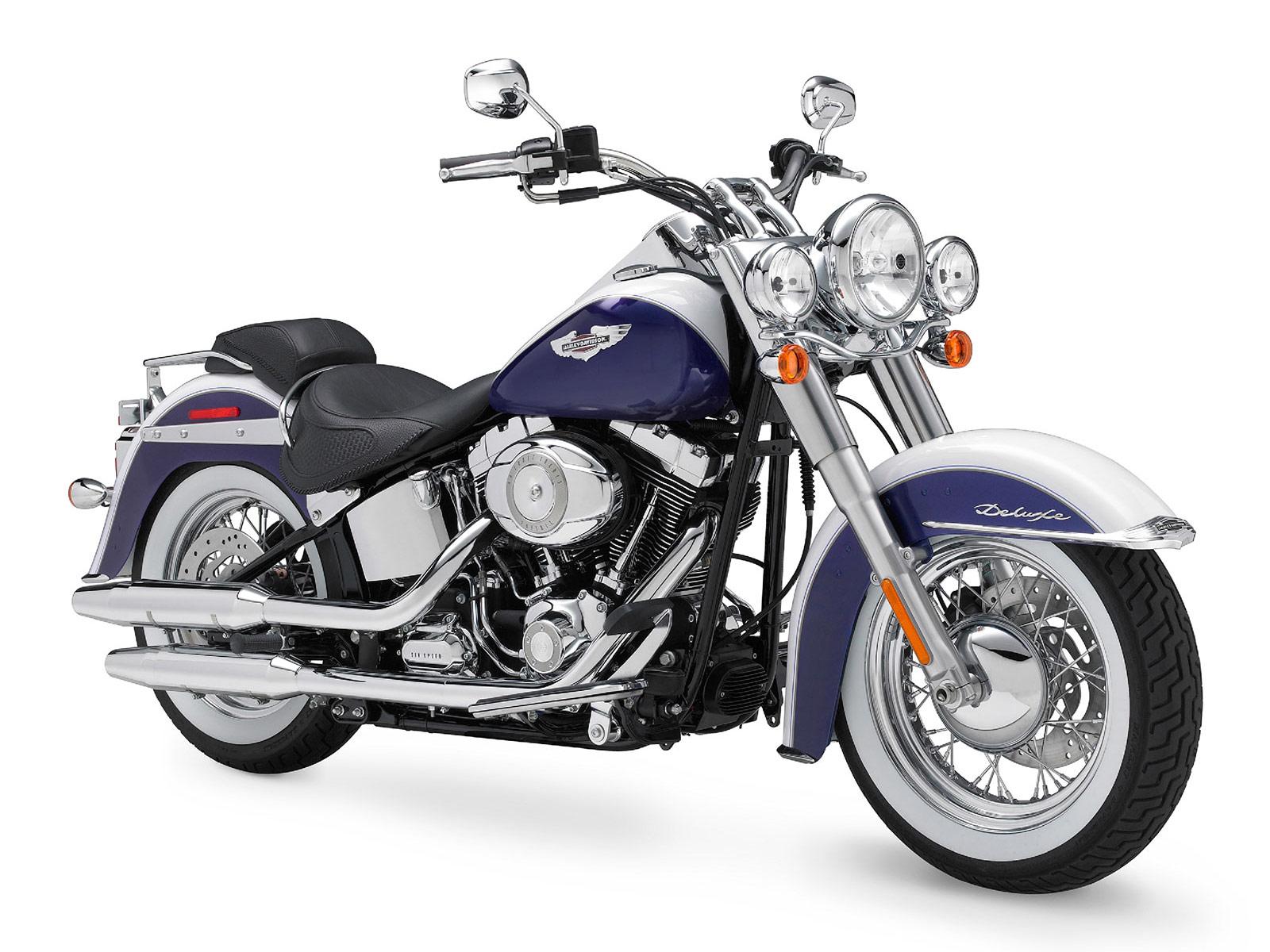 http://4.bp.blogspot.com/_7OBlGXSTB6s/S6y1cnePLBI/AAAAAAAABmc/EEoBRn7px8E/s1600/Harley-Davidson_SoftailDeluxe-FLSTN-2010_2.jpg