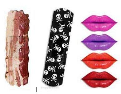Curativos adesivos com estampas de bacon, beijo e pirata