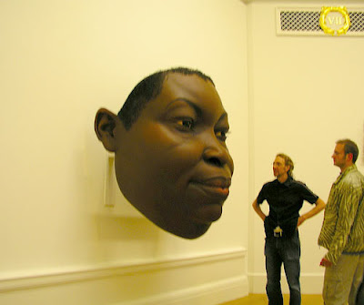 Escultura de Ron Mueck: Face de Mulher Negra