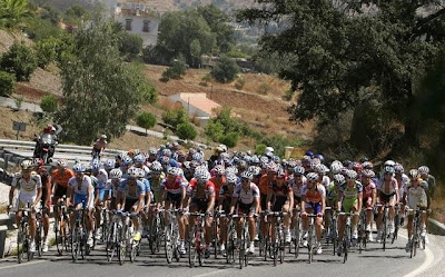 Ciclistas em prova de Longa distância